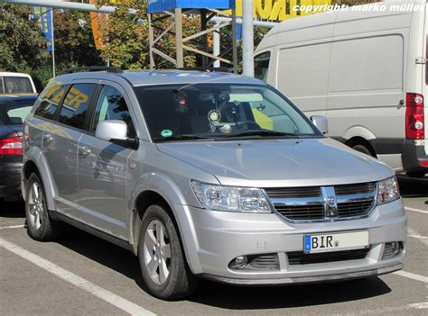 dodge journey crossover crossover suv pictures posters news and videos on your