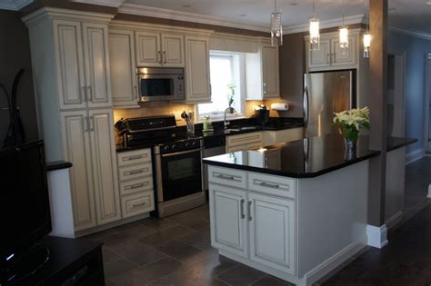 Kitchen Cabinets Biscuit Color by Armstrong Kitchen All Wood Cabinets Traditional