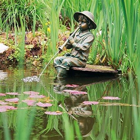 Garten Deko Löwe by Wasserspiel Junge Mit Fl 246 Te Gartenfiguren Abc