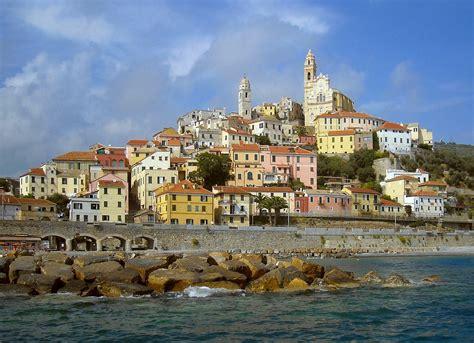 Южная италия — italia meridionale, meridione, bassa italia, sud italia, suditalia, или просто sud. Cervo (Italia) - Wikipedia
