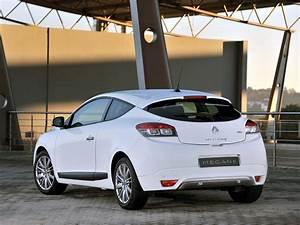 Renault Megane Gt : renault megane gt 3 doors specs photos 2010 2011 2012 2013 autoevolution ~ Medecine-chirurgie-esthetiques.com Avis de Voitures