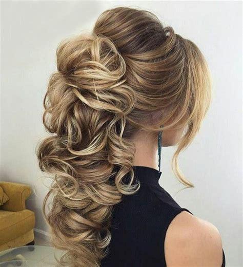 peinados de novia modernos semirecogidos por  elegirlos