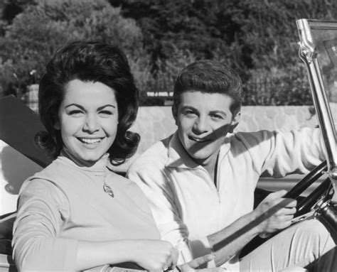 frankie annette avalon funicello beach movies movie party american 1962 hollywood dies actress blanket bingo star actors singers smile many