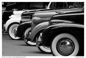 Black and White Picture/Photo: Classic car show. Vancouver ...