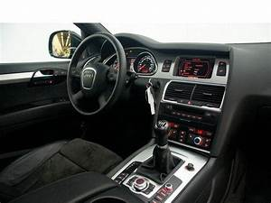 Audi Q7  02  2008  - Metallic Phantom Black Pearl