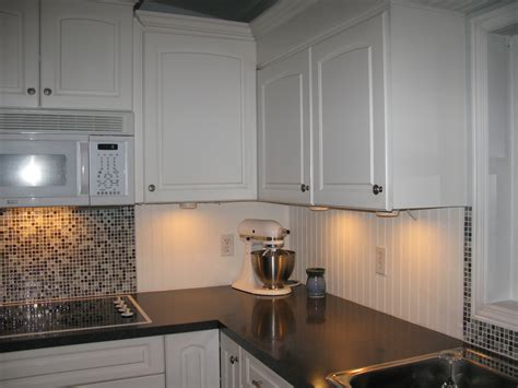 Beadboard Tile Backsplash : White Beadboard And Tile Backsplash