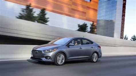 hyundai accent sedan  powertrain  mpg improvements