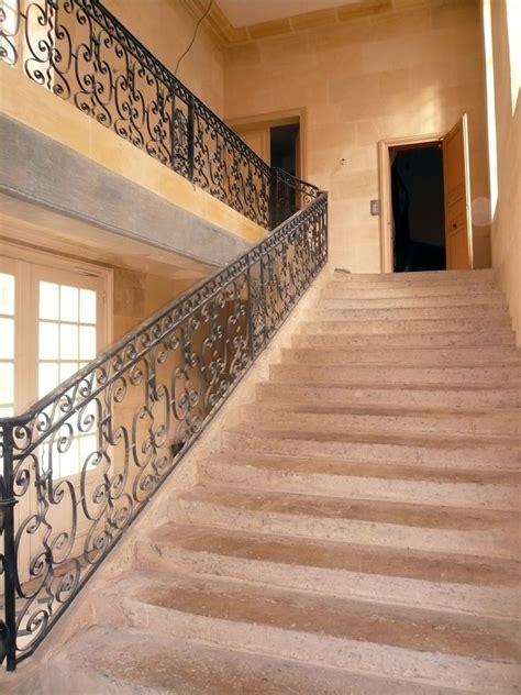 re escalier fer forge interieur vivre le marais voyage guid 233 224 l int 233 rieur du squat 233 tudiant de l h 244 tel coulanges 1 bis