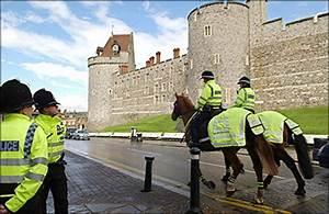 UK police probe royal wedding security scare
