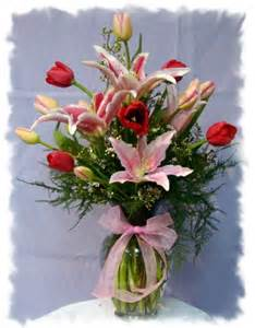 tulip stargazer vase in hawaiian gardens ca bears roses