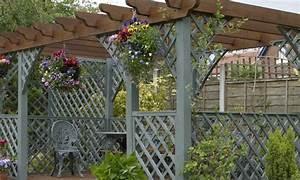 Pergola Pour Plante Grimpante : une pergola dans mon jardin la pause jardin ~ Premium-room.com Idées de Décoration