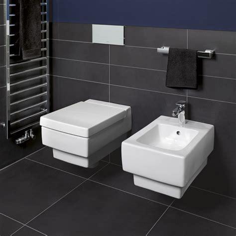 villeroy boch memento wall mounted washdown toilet l 56 w 37 5 cm white 56281001 reuter