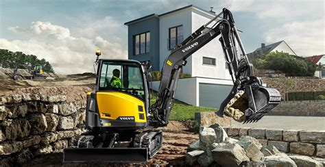 volvo launches  full range  european manufactured compact excavators  australia