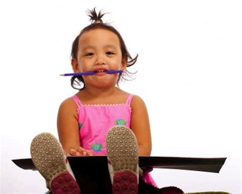 do early preschool programs start 812 | Do Early Preschool Programs Start Kids Too Young