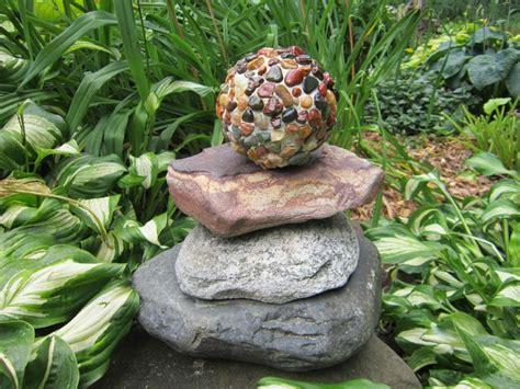 decorare giardino decorare il giardino con i sassi idee fai da te foto 5