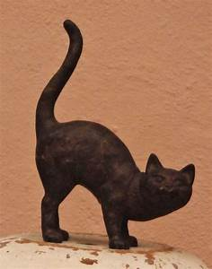 Pin, By, J, E, Hart, On, The, Cast, Iron, Cat