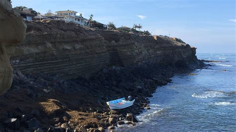 Panga Boat Sunset Cliffs abandoned boat found in sunset cliffs the san diego