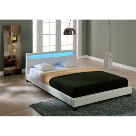 chambre ado lit 2 places envie de meubles lit à leds simili cuir blanc radiosa