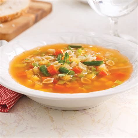 legume cuisiné soupe aux légumes recettes cuisine et nutrition pratico pratique