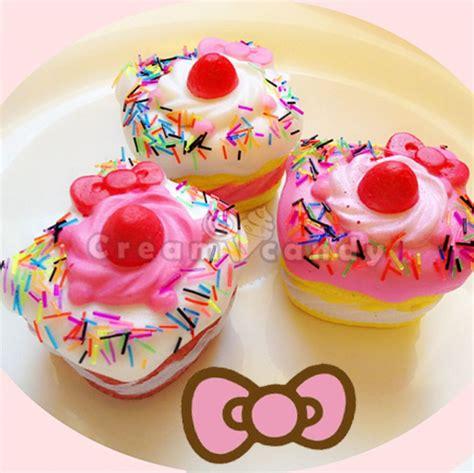 cake squishy squishy  kitty cupcakes  kitty