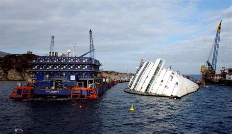 Wrecked cruise ship