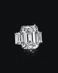 kim kardashian39s engagement ring estimated to be worth 8m With kim kardashian wedding ring price