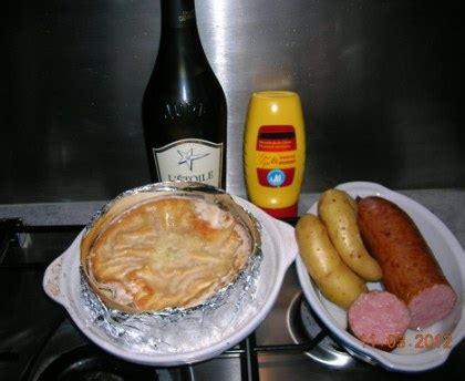 mont d or chaud franche comt 233 recette de mont d or chaud franche comt 233 marmiton