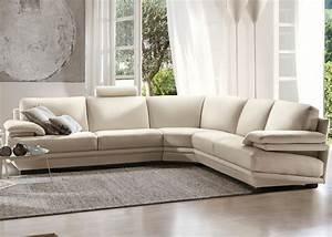 Natuzzi plaza sofa midfurn furniture superstore for Plaza sectional sofa by natuzzi