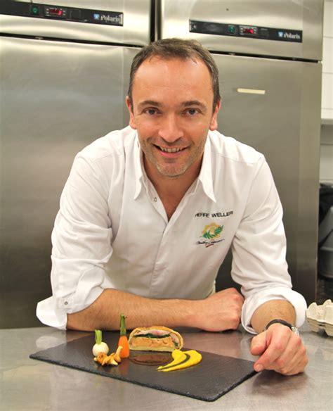 cuisine innovante recette caille et foie gras de canard en croûte par