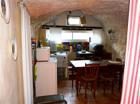 anais cuisine la closerie du chateauvert accommodation lodging