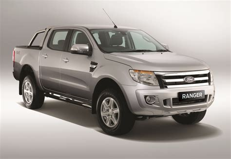 ford ranger new variant 3 2l xlt 6 speed manual launched at rm99 888 drive safe and fast