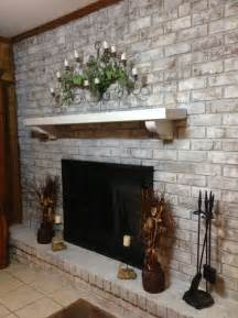 Whitewashing Fireplace Brick by 38 Awesome Whitewashed Fireplace Designs Digsdigs