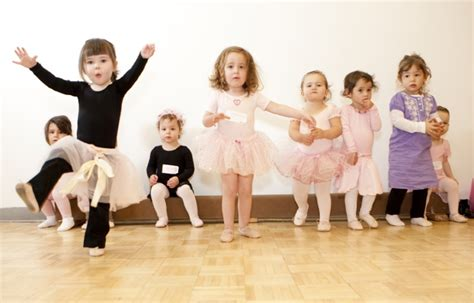 enrich and engage your toddler in ballet omaha ne 402 | toddler ballet