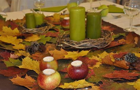Herbstliche Tischdeko Selbermachen by Tischdeko F 252 R Herbst Selbstgemacht Und Modern Arrangiert