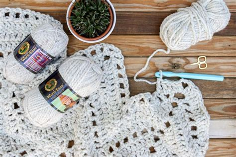 Free Pattern From Make & Do Crew How To Crochet A Baby Blanket Easy Peasy Berkshire Polartec High Loft Cuddle Pattern What Size Fleece For Tie Dimensions Faux Suede Throw Value Of Old Hudson Bay Blankets Hairpin Lace Instructions
