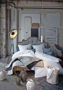 Schlafzimmer Romantisch Dekorieren : ber ideen zu betten auf pinterest rahmen teppichb den und teppiche ~ Markanthonyermac.com Haus und Dekorationen