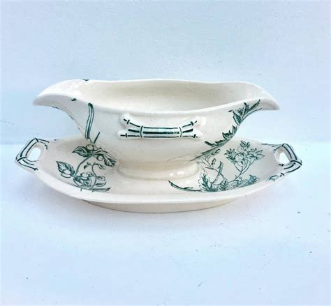 White Gravy Boat With Attached Saucer by White And Green Gravy Boat Sauce Boat Saucer