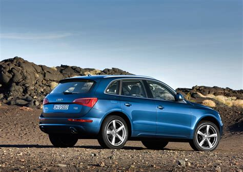 The new audi q5 combines the sportiness of an audi avant with a multifaceted character, a highly versatile interior and high everyday usability. Audi Q5 Hybrid Coming Next Year