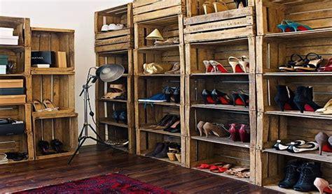 etageres pour cuisine idées de déco avec des caisses en bois
