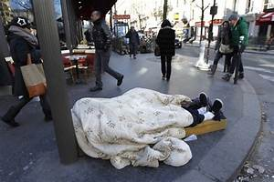 Pics For > Homeless People In Winter