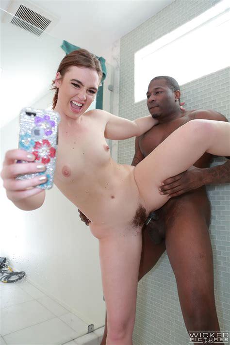 Jodi Taylor Natural Naughty Brunette Takes Hardcore Selfies
