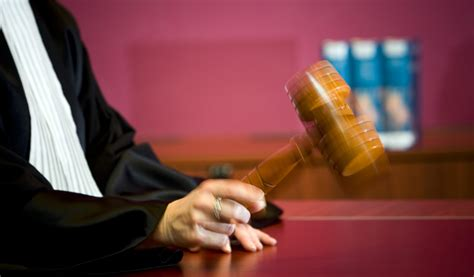 rechter verwerpt eis tot uitstel belgische
