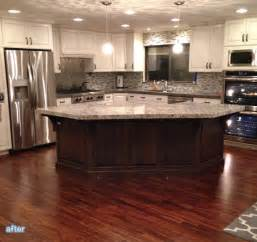 corner kitchen island 25 best ideas about kitchen layouts on small marble kitchen counters kitchen