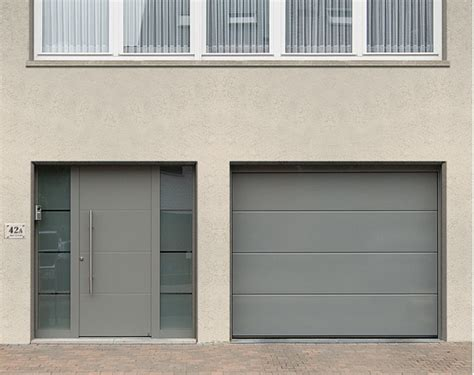 porte d entree hormann portes sectionnelles ets latinne votre sp 233 cialiste en portes de garage volets et portes d
