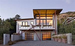 An economically built modern beach house idesignarch for House to home furniture long beach ca