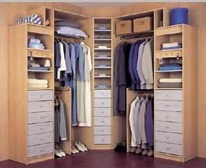 Fotos de vestidores pequenos para aprovechar el espacio for Vestidores pequenos
