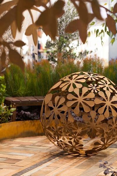Laser Cut Metal Garden Sculpture Decorative Flower Ball