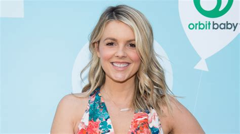 Former 'bachelorette' Ali Fedotowsky Weds Kevin Manno Heat Free Hairstyles For Short Hair Easy Indian To Do At Home Perfect Hairstyle Medium Messy Bun Long Tutorial Cute School With Side Bangs Quick Weave Duby Prom Half Up Down Step By