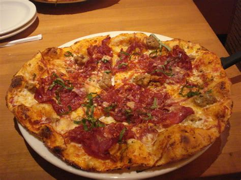 pizza picture of california pizza kitchen anaheim
