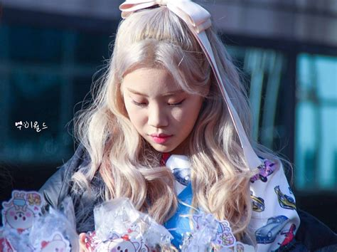 momolands jooe accused  bullying agency responds
